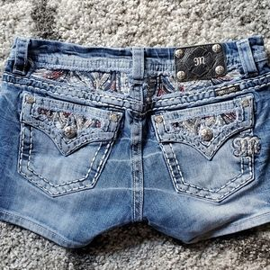 Miss Me Mid-Rise Easy Jean Shorts